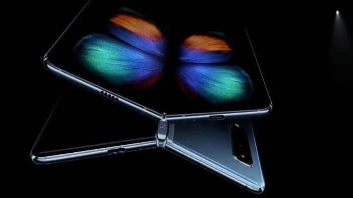 Samsung Galaxy Fold Lite will use the Snapdragon 865 Chipset and cost $1,100